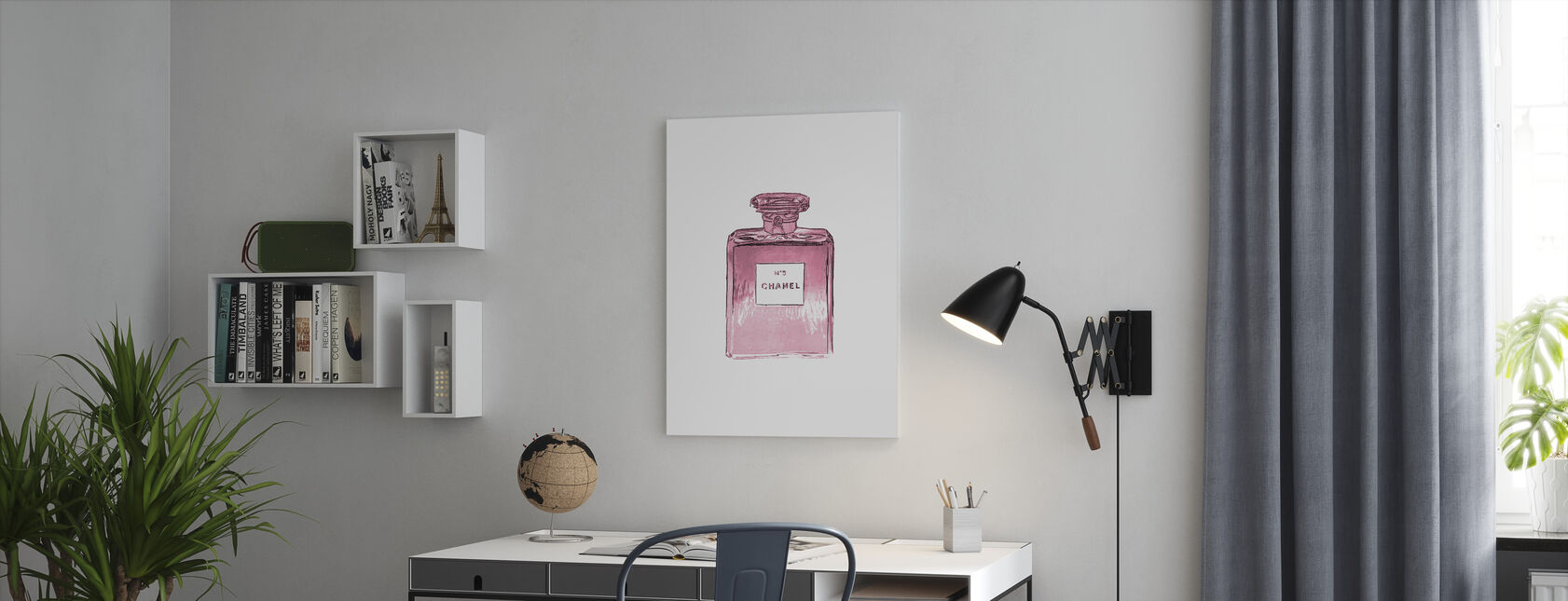 Chanel No 5 - Canvas print - Office