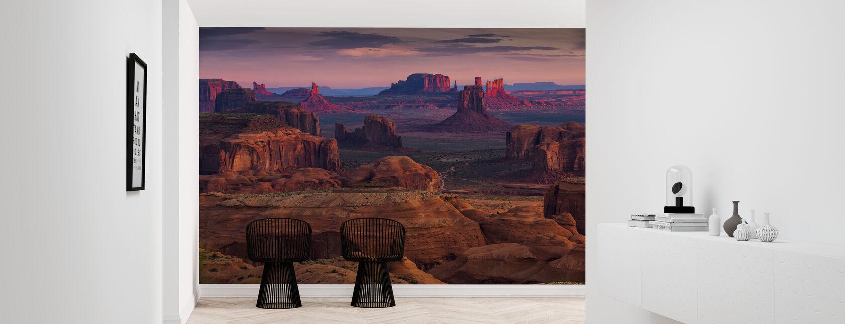 Monument Valley - Wallpaper - Hallway