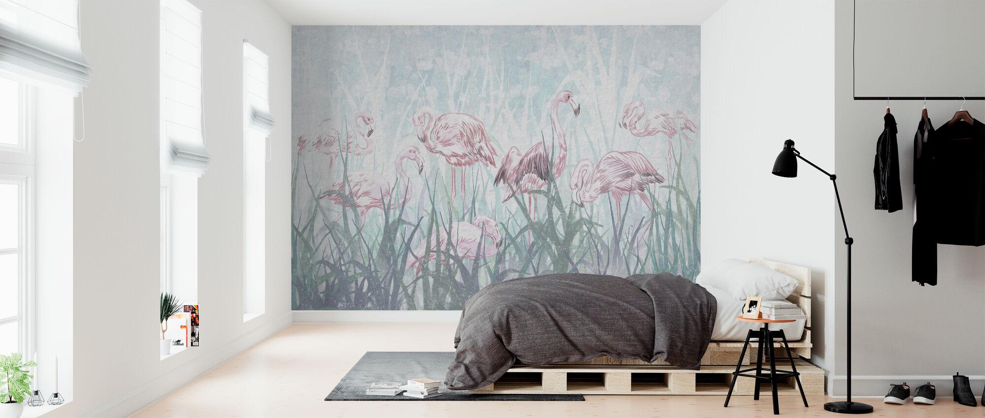 Flamingo's in het gras - Behang - Slaapkamer