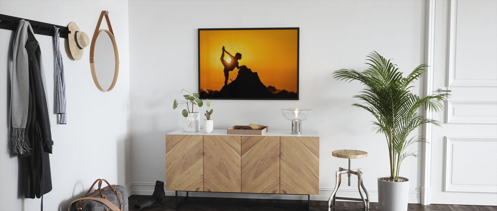 Savannah Dancer - Framed print - Hallway