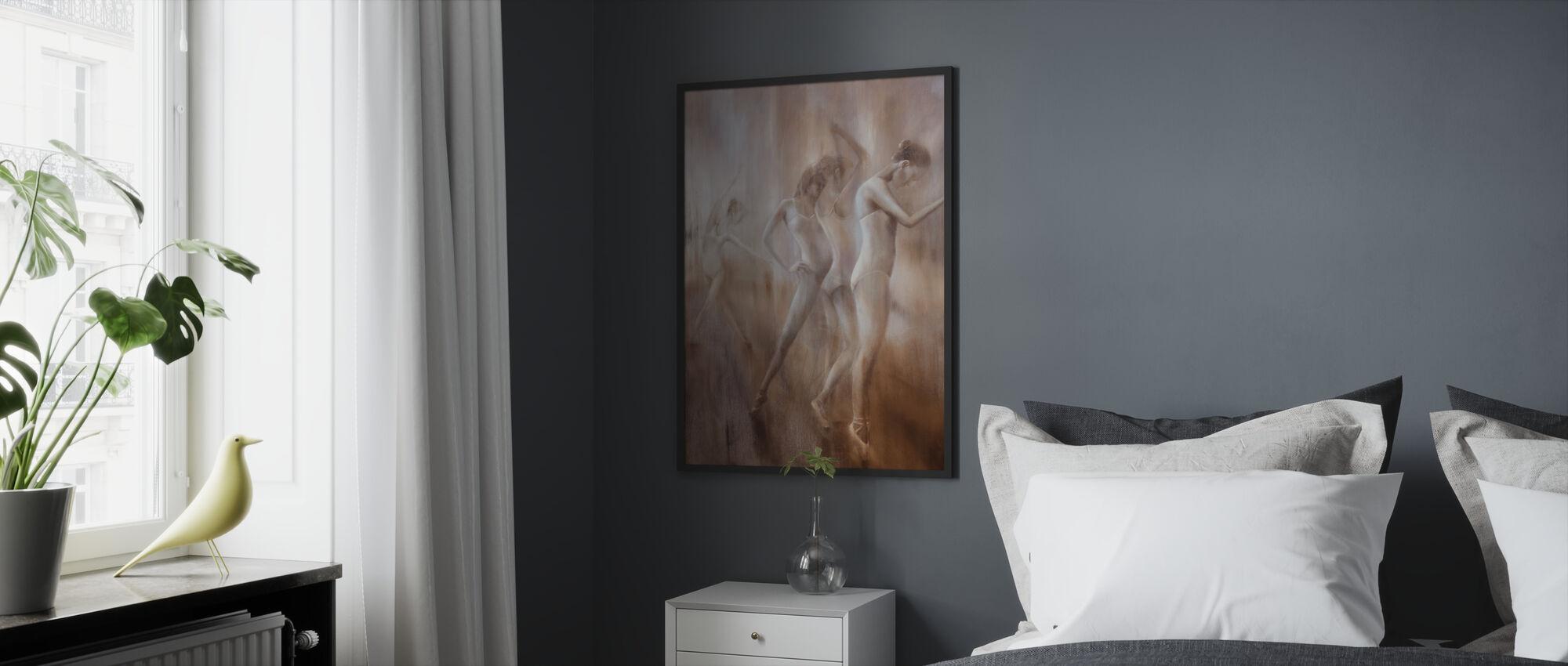 Dancers - Framed print - Bedroom