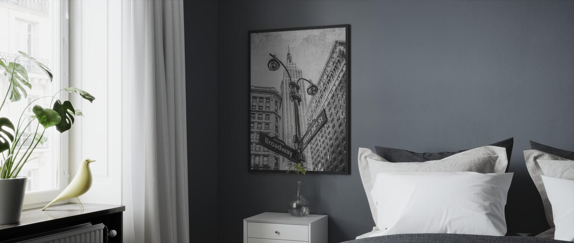 New York Signs - BW - Kehystetty kuva - Makuuhuone