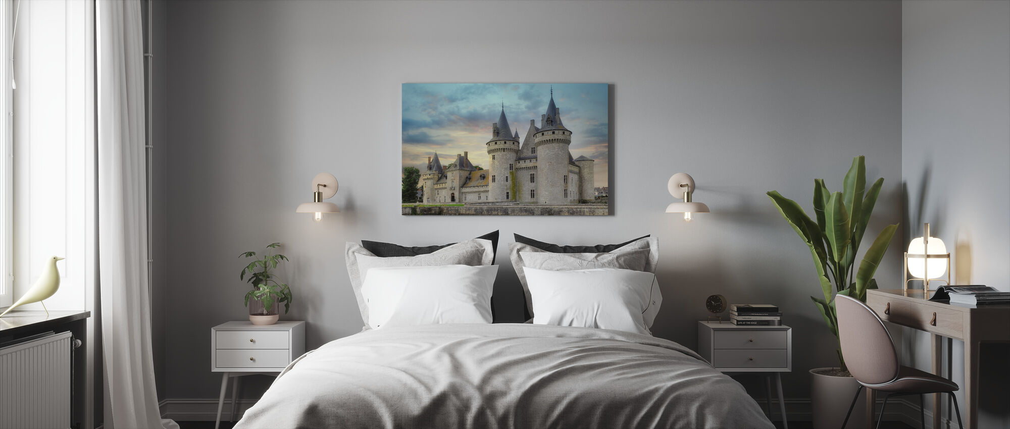 Castle with Towers - Canvas print - Bedroom