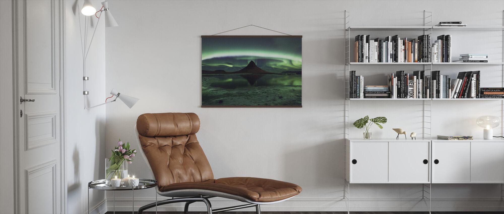 Kirkjufell Aurora - Poster - Living Room
